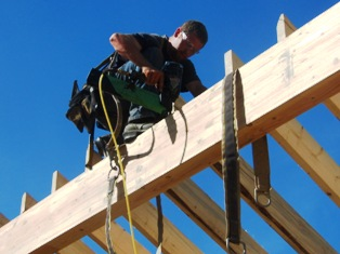 Davin nailing rafters 1-314x235